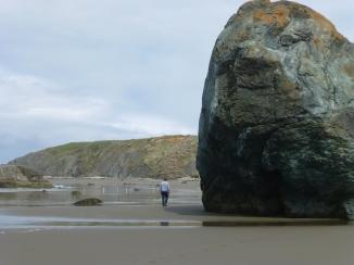 Tall big rocks