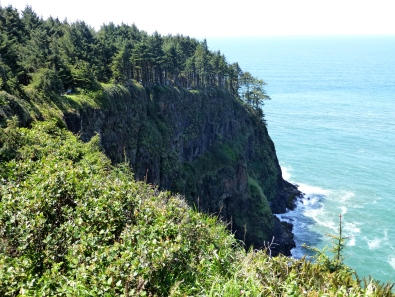 The cliffs at Cape Meares