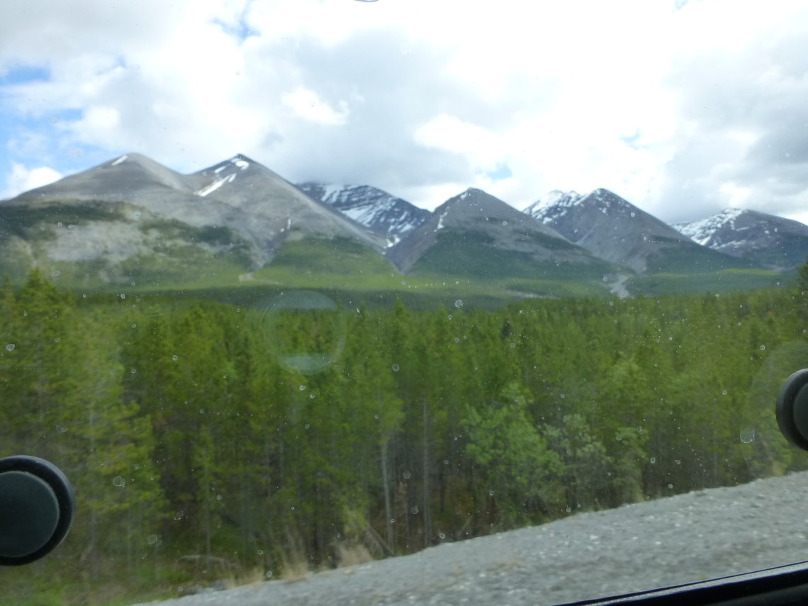 Saw Tooth Mountains