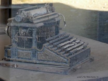CenturyOldTypewriter