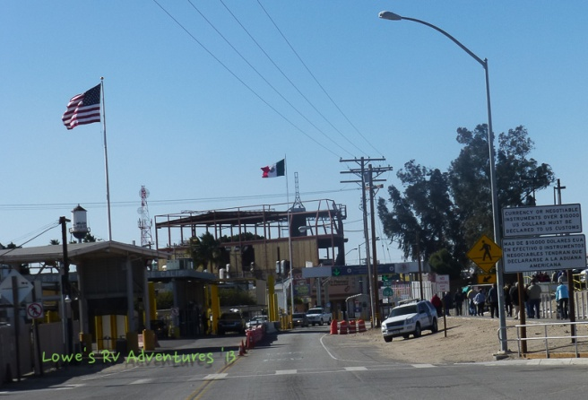 Mexican Border, no officers here, note the tourists on the right side.