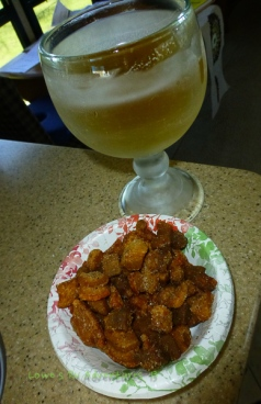 Beer and cracklings