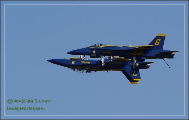 Blue Angels in upside down