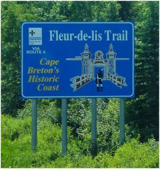 Fleur-de-lis Trail