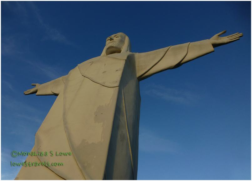 Christ of the Ozark statue