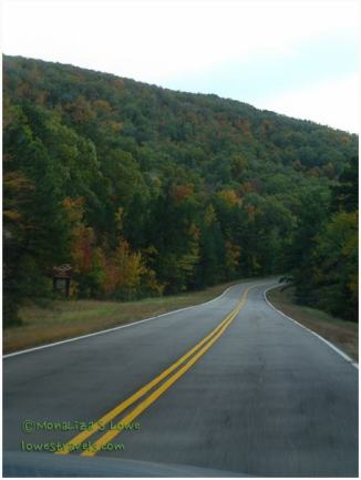 Talimena Scenic Byway heading west