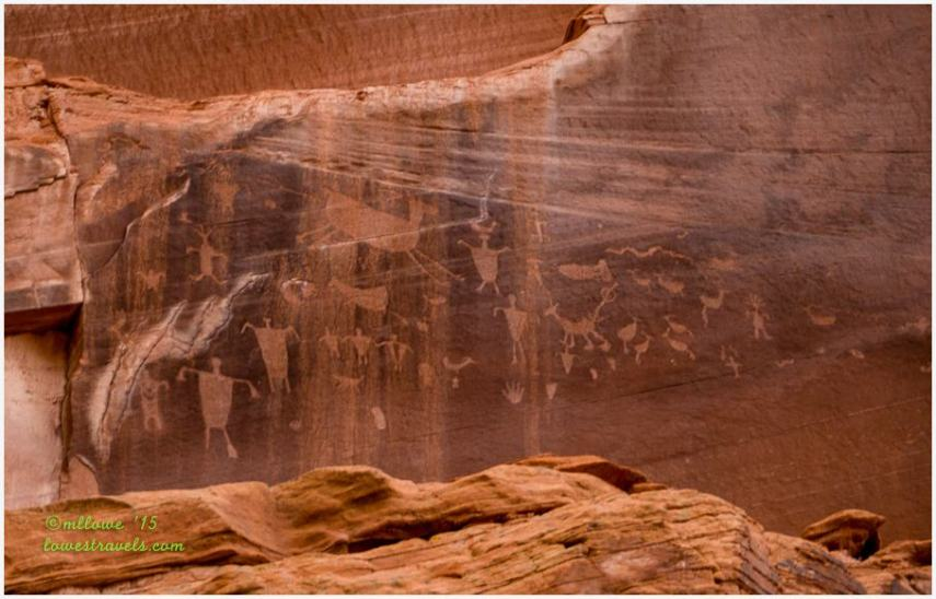 Petroglyphs on Canyon de Chelly