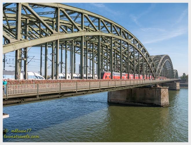 Hohenzollerntbrucke Bridge