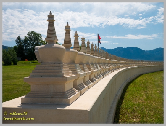 There were 1,000 Stupas on the outer rim