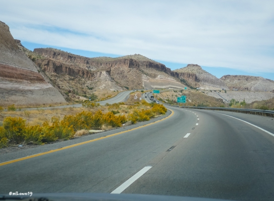 Approaching Kingman from the west