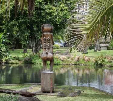 One of the tikis that protects the palace